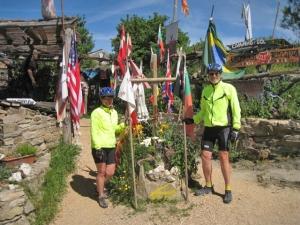 Pilgrim mile post and refuge